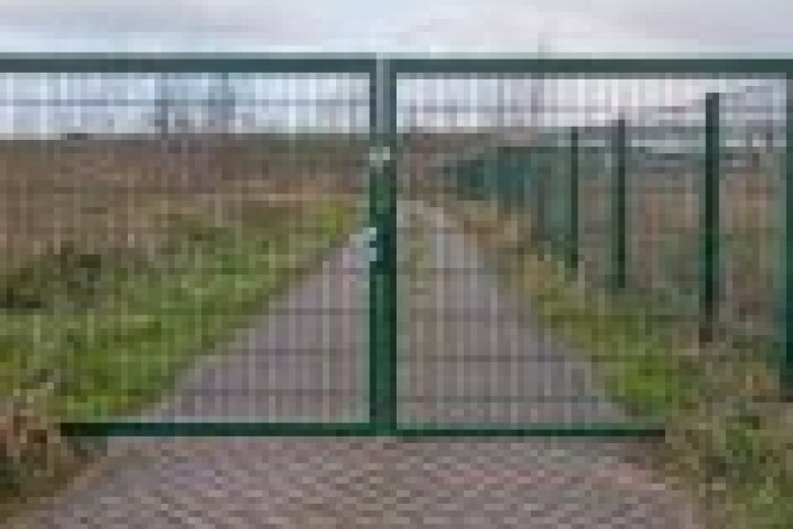 Your Local Fencer Weldmesh fencing 720 480